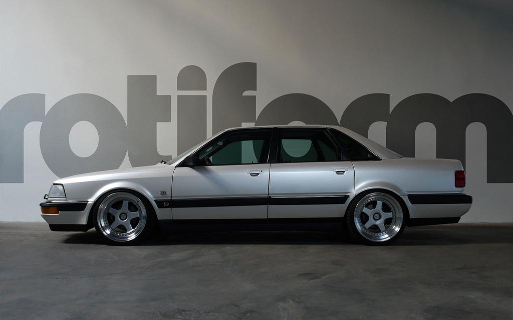 2010 Audi 200 Avant photo - 3